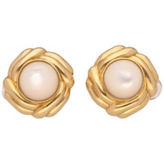 18 Karat Yellow Gold David Webb Mabe Pearls Earrings