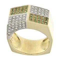 18 Karat Yellow Gold Design Ring with White Diamonds and Tsavorite