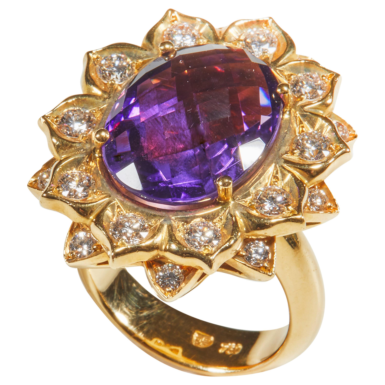 18 Karat Yellow Gold Diamond and Amethyst Coktail Ring