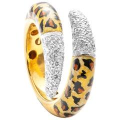 18 Karat Yellow Gold Diamond and Enamel Ring