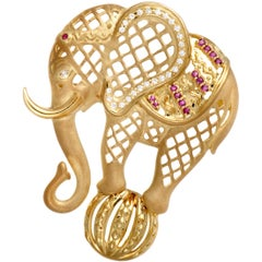 18 Karat Yellow Gold Diamond and Ruby Circus Elephant Pendant/Brooch