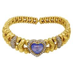 18 Karat Yellow Gold Diamond Cabochon Heart Shape Blue Sapphire Choker Necklace