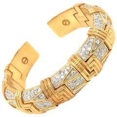 18 Karat Yellow Gold Diamond Cuff Bracelet