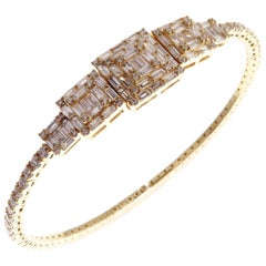 18 Karat Yellow Gold Diamond Delicate Baguette Square Bangle Bracelet