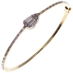 18 Karat Yellow Gold Diamond Delicate Pear Baguette Bangle Bracelet