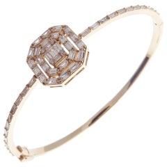 18 Karat Yellow Gold Diamond Delicate Square Baguette Bangle Bracelet