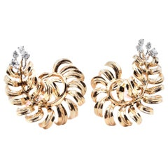 18 Karat Yellow Gold Diamond Floral Leaf Earrings