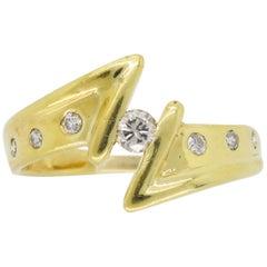 18 Karat Yellow Gold Diamond Lightning Ring