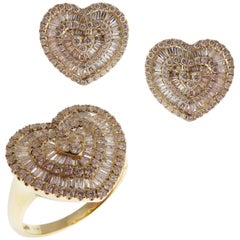 18 Karat Yellow Gold Diamond Medium Heart Stud Earring Ring Set
