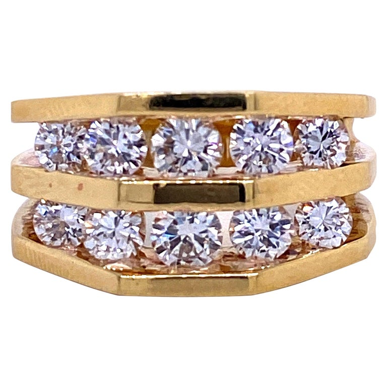 18 Karat Yellow Gold Diamond Openwork Ring 1.65 Carat For Sale