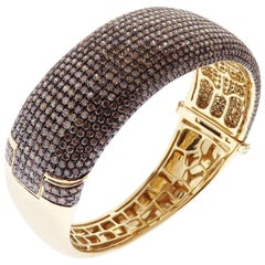 18 Karat Yellow Gold Diamond Pave Classic Band Bangle Bracelet