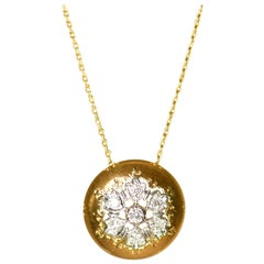 18 Karat Yellow Gold Diamond Pendant Necklace