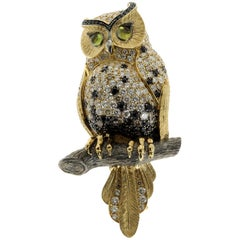 18 Karat Yellow Gold Diamond Sapphire Owl Brooch