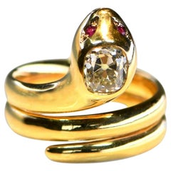 18 Karat Yellow Gold Diamond Snake Ring