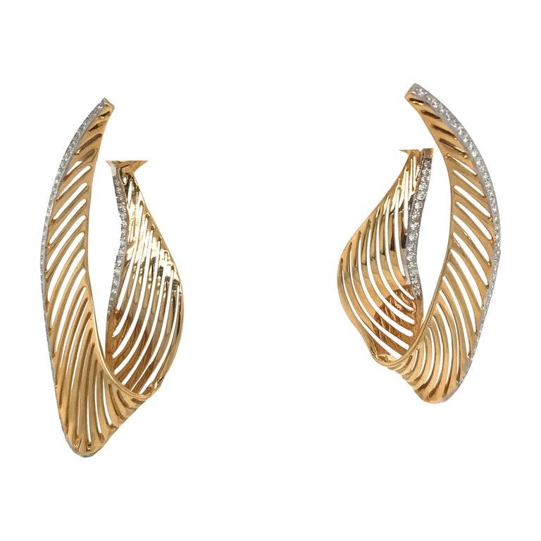 18 Karat Yellow Gold Diamond Swirl Drop Earrings 1.03 Carat For Sale