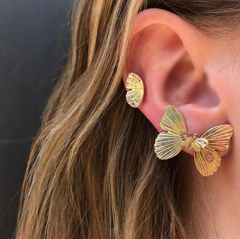 Women's or Men's 18 Karat Yellow Gold Diamond Tiny Asterope Hinge Butterfly Earrings  For Sale
