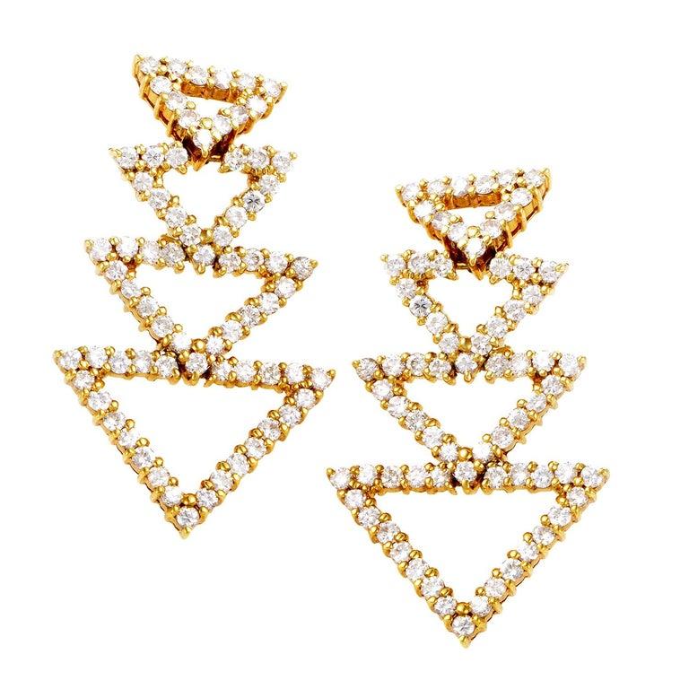 18 Karat Yellow Gold Diamond Triangle Earrings ST-12