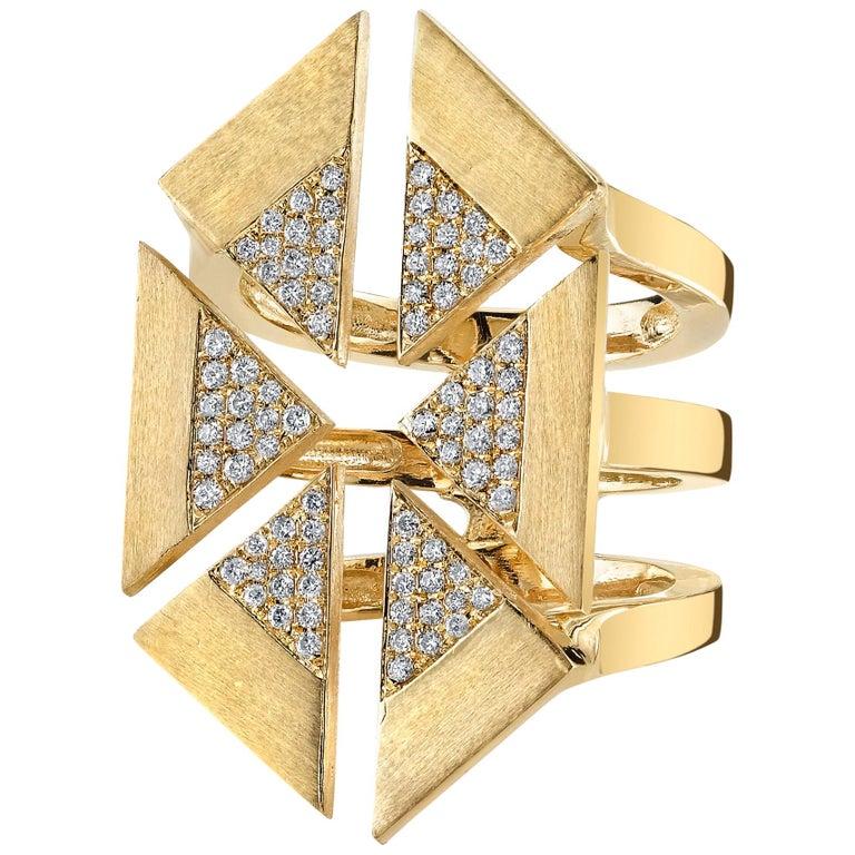 18-karat yellow gold and diamond Geometric Triangle ring