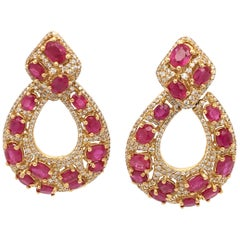 18 Karat Yellow Gold Diamonds and Ruby Pair of Earrings Made in Italy
