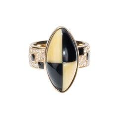 18 Karat Yellow Gold, Diamonds, Art Deco Style Black and Cream Square Ring