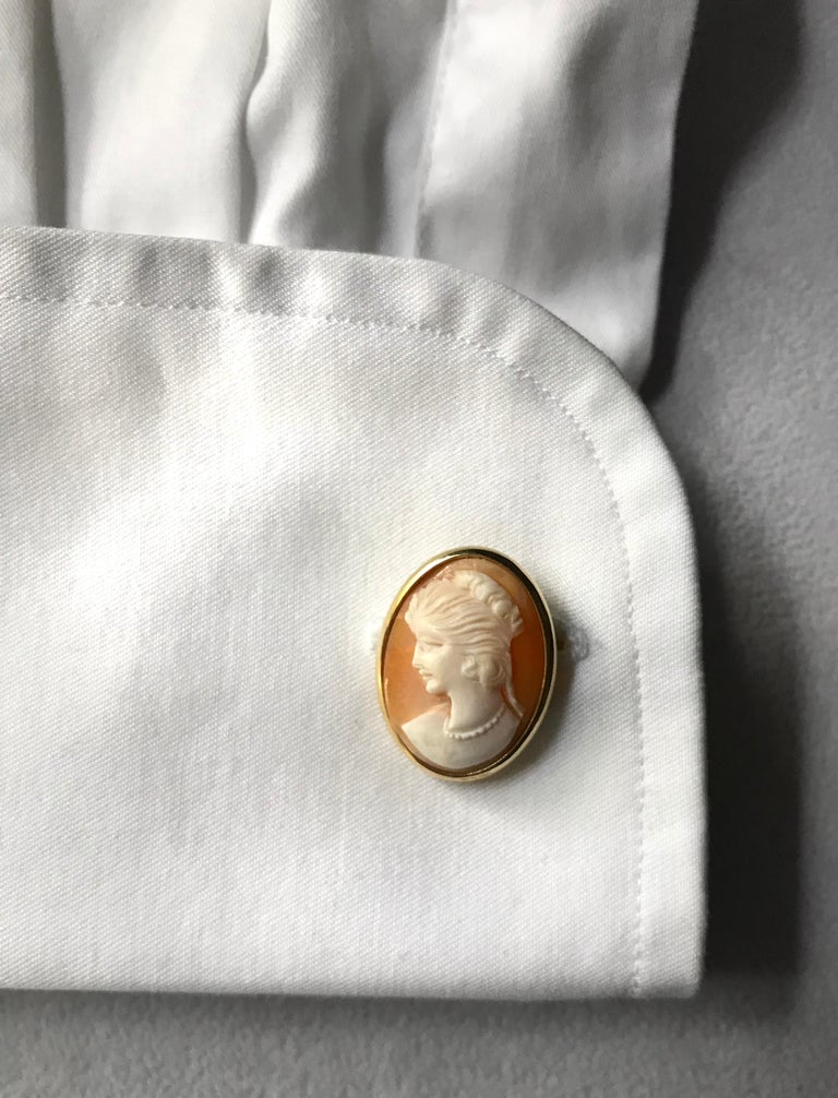 18 Karat Yellow Gold Double Cameo Cufflinks For Sale 5