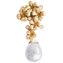 18 Karat Yellow Gold Drop Pendant Necklace with Diamonds and Removable Quartz