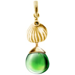18 Karat Yellow Gold Drop Pendant Necklace with Green Quartz by the Artist