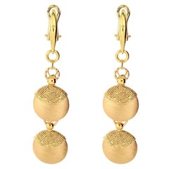 18 Karat Yellow Gold Earring