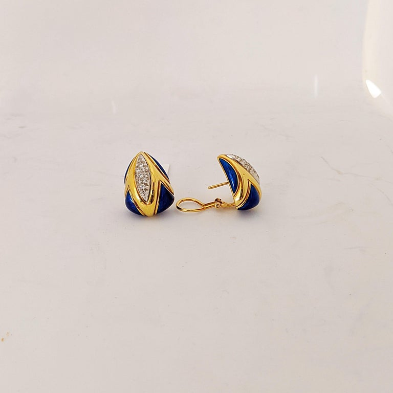 Retro 18 Karat Yellow Gold Earrings with Lapis and .45 Carat Diamonds For Sale