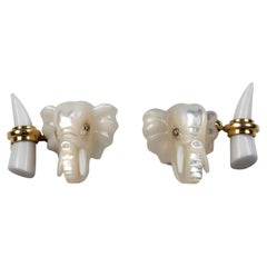 18 Karat Yellow Gold Elephant Mother of Pearl and White Agate Cufflinks