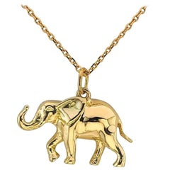18 Karat Yellow Gold Elephant Pendant Necklace