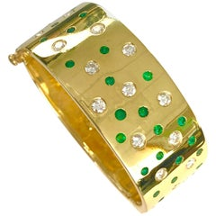 18 Karat Yellow Gold Emerald and Diamond Bangle Bracelet
