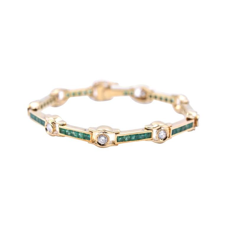 18 Karat Yellow Gold Emerald and Diamond Bracelet For Sale