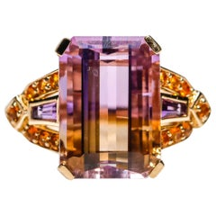 18 Karat Yellow Gold Emerald Cut 8.0 Carat Amethyst Fashion Cocktail Ring