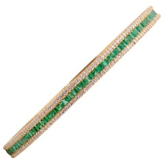 18 Karat Yellow Gold Emerald Diamond Bangle Bracelet