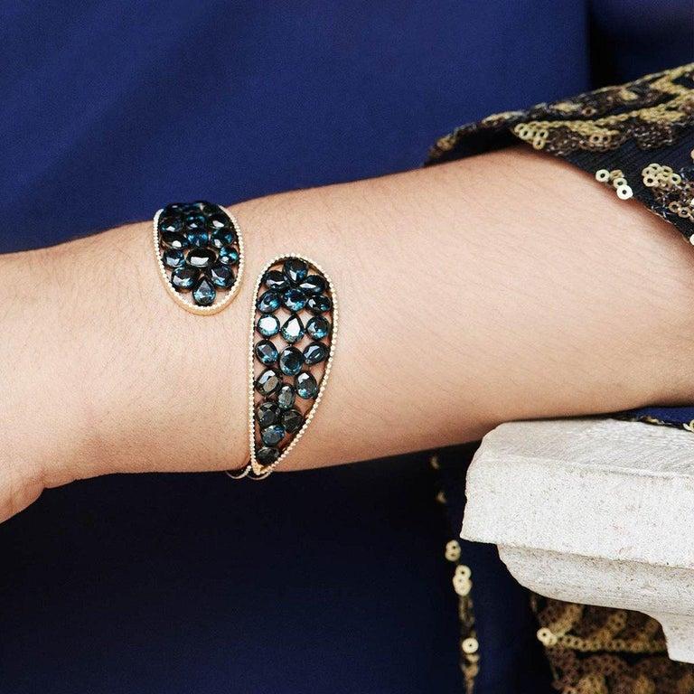18 Karat Yellow Gold Emeralds Tsavorites Bangle Aenea Jewellery For Sale 3