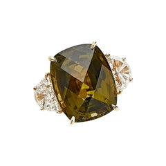 18 Karat Yellow Gold Engagement Ring with 10.71 Carat Tourmaline and Diamonds