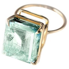 18 Karat Yellow Gold Engagement Ring with Colombian Light Minty Emerald