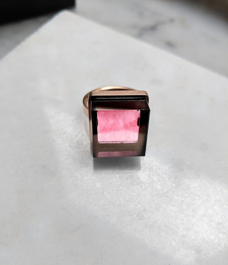 18 Karat Yellow Gold Engagement Ring with Natural Pink Tourmaline For Sale 6