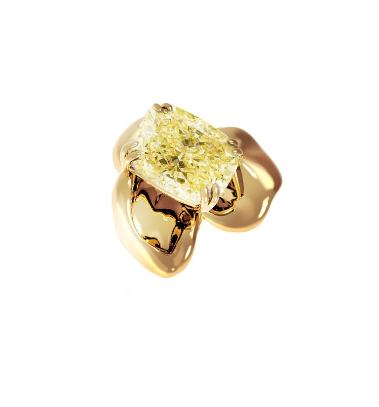 Women's 18 Karat Yellow Gold Engagement Ring with Yellow Cushion Diamond For Sale