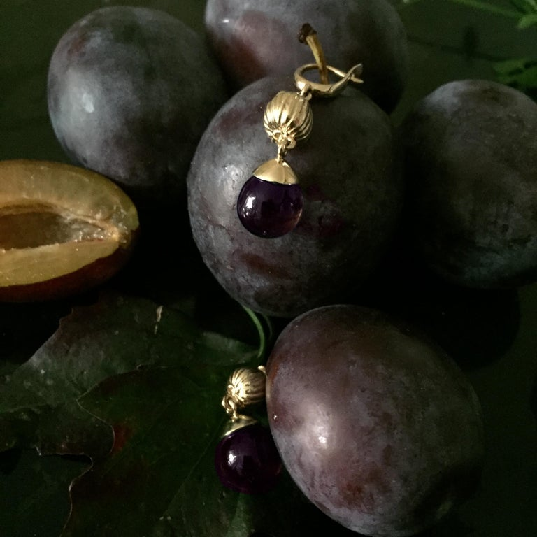 Pear Cut 18 Karat Yellow Gold Fig Fruits Cocktail Earrings with Amethysts by the Artist For Sale