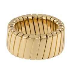 18 Karat Yellow Gold Flexible Band Ring by Scheffel & Schmuck