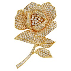 18 Karat Yellow Gold Four Interchangeable Pistil Flower Brooch