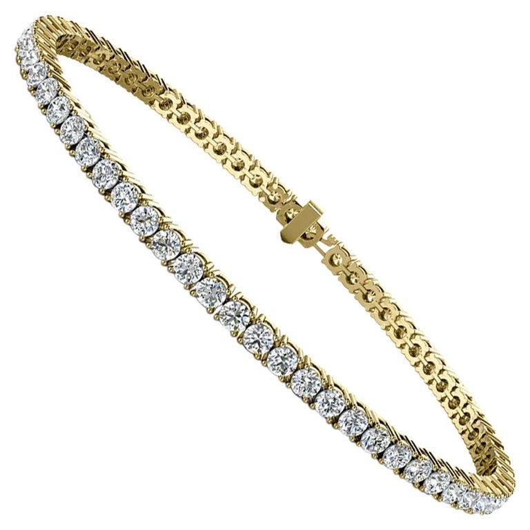 18 Karat Yellow Gold Four Prongs Diamond Tennis Bracelet '4 Carat' For Sale