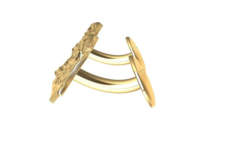 18 Karat Yellow Gold GIA Diamond Leopard Cufflinks In New Condition For Sale In New York, NY