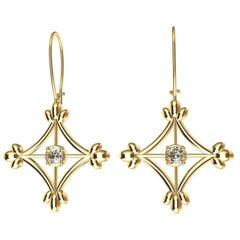18 Karat Yellow Gold GIA Diamonds Rhombus Flower Dangle Earrings