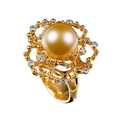 18 Karat Yellow Gold Golden South Sea Pearl and Diamond Cocktail Ring