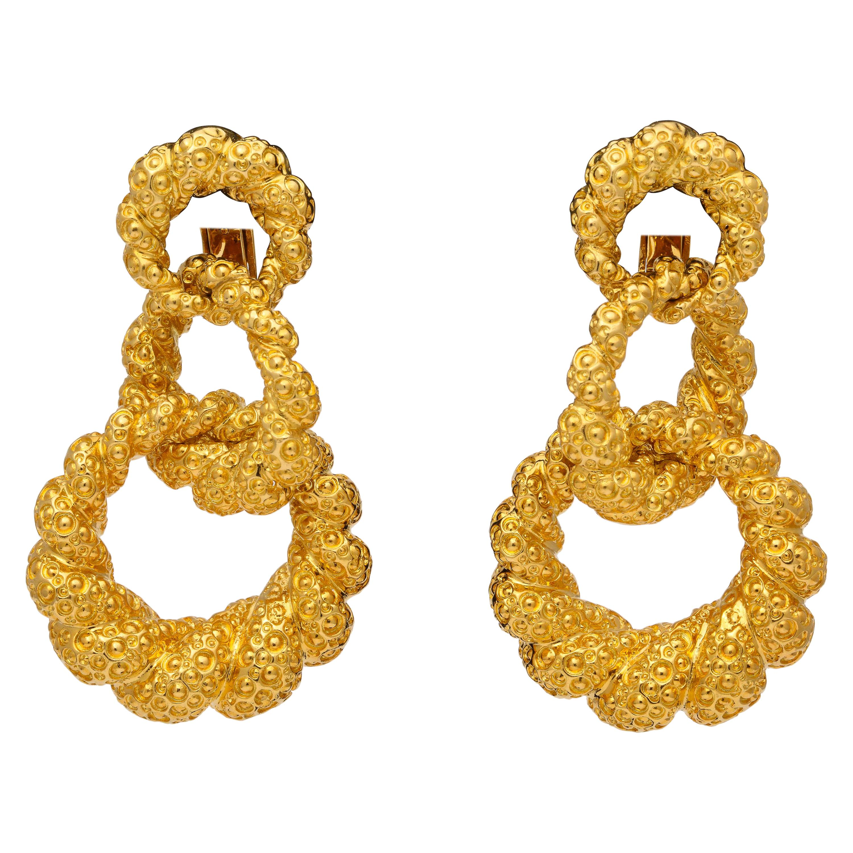 18 Karat Yellow Gold Graduated Triple Hoop Clip-On Earrings
