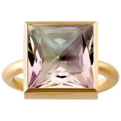 18 Karat Yellow Gold Green Quartz Amethyst Two-Stone Modern Cocktail Ring 7-13