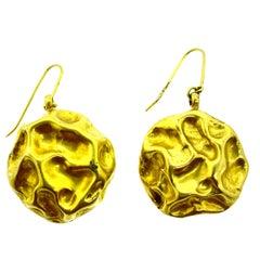 18 Karat Yellow Gold Hammer Earring